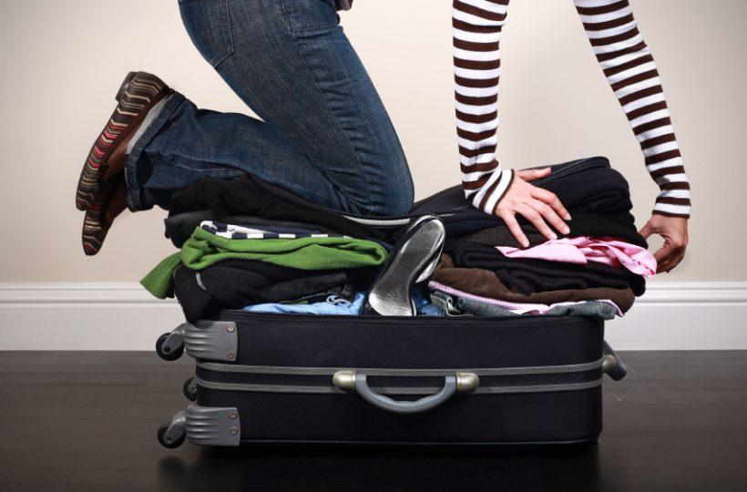 fa306234438ae Tanie podróżowanie z bagażem podręcznym. Jak spakować się w podróż?