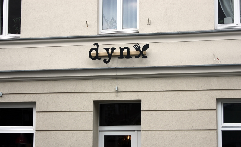 dynx2